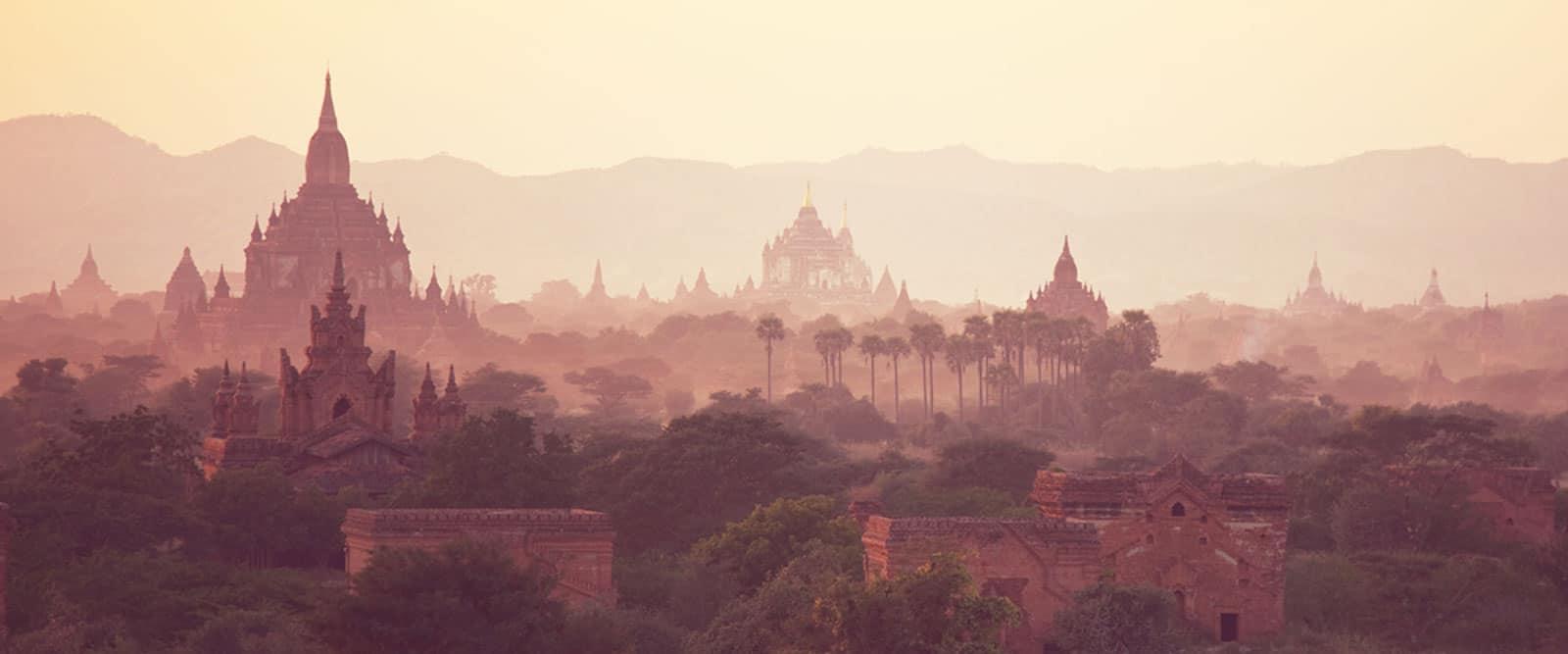 Sonnenuntergang in Myanmar - Tor zur Seele